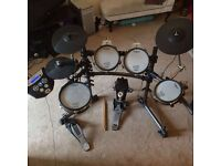 Roland TD 6 with mesh pads and accessories