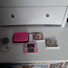 2DS Pink & White Bundle ***Excellent Condition***