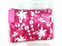 AUTHENTIC Estee Lauder MAKEUP BAG PINK w/ FLOWERS NEW & UNUSED