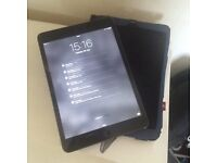 iPad mini 16GB Space Grey - in perfect condition!!