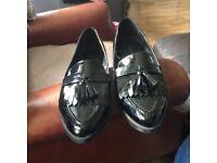 Women's black patent shoes