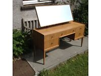 Mcintosh Rare Mid-Century Light Oak Kneehole Dressing Table/Desk