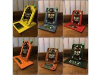 Retro Phone Tablet Stands - great for anyone who loves technology Fathers Day
