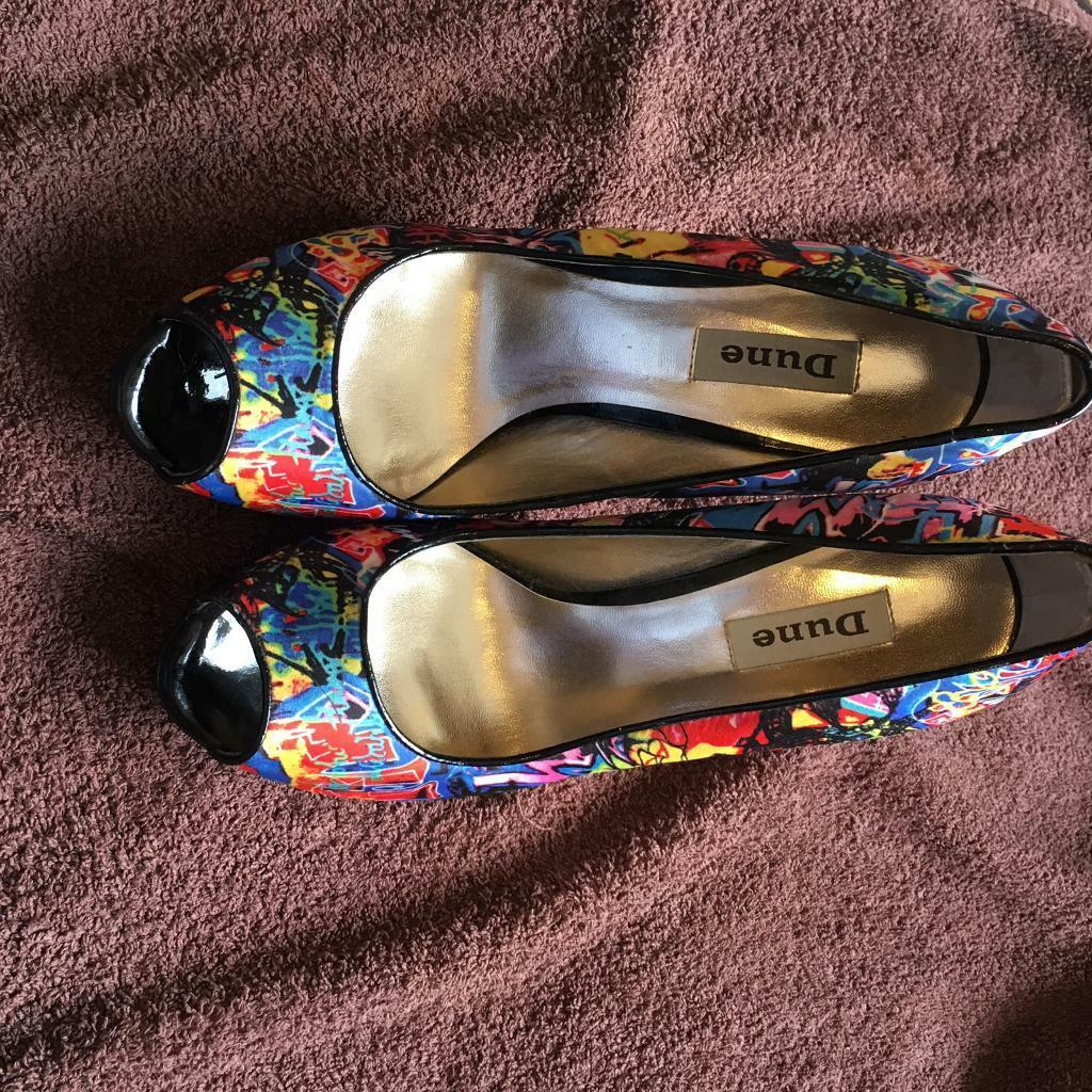 Dune. Graffiti shoes size 6