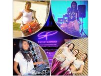 DHOL PLAYERS * BOLLYWOOD DANCERS * BOLLYWOOD & BHANGRA DJ Cardiff / Newport / Bristol / Swansea