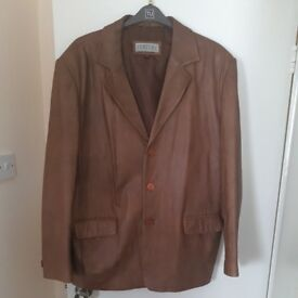 Man Leather jacket PERFEKT XL light brown It is in very good condition