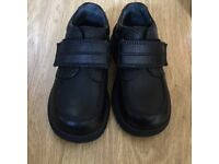 Boys school shoes Start Rite size 8E. In excellent condition as good as new