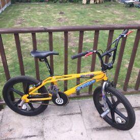 "1998 Vintage Yellow Haro Zippo 20"" Freestyle BMX with Skyway Wheels- Original, Ultra Rare"
