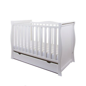 White Sleigh Mini Cotbed 3 in 1 Cot/Junior Bed/ Sofa Bed with sprung mattress