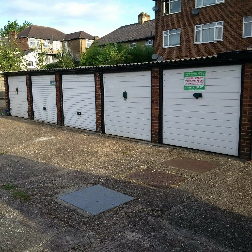 Garages For Rent: Garages To Rent: Truro Road, Wood Green N22 8DP
