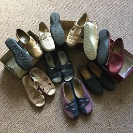Ladies footwear in sizes 4.5 and 5 and size 4 hotter slippers