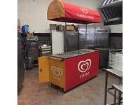 Ice cream freezer/cart