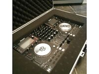 Dj Controller Numark NV7 with Case