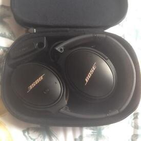 Bose QC 25 limited edition noise cancelling Headphone- almost new