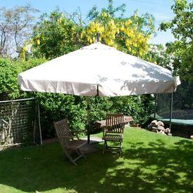 Hardwood Cantilever / Overhanging Sunshade / Umbrella / Parasol - RRP £250