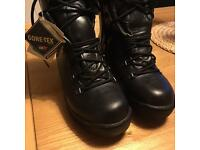 Altberg Goretex Leather Boots