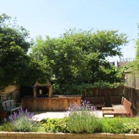 2/3 Bedroom Edwardian Ground Floor Flat feat. private south facing garden w/ purpose built bbq braai