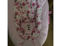 Minnie Mouse bouncy chair