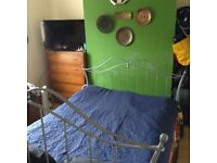 Large bedroom for rent center city in Salisbury all bills including.
