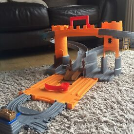 Thomas the tank engine take and play sets x 2