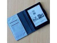 Kobo Aura E-Reader with case