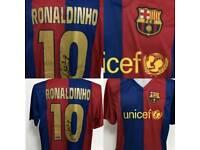 SIGNED FOOTBALL SHIRT RONALDINHO
