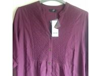 Womens blouse size 22 from Evans with tag