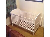 Lollipop Lane Oakhill Cotbed (White)
