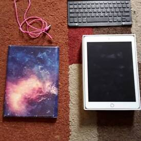 Apple IPad Gold 128GB