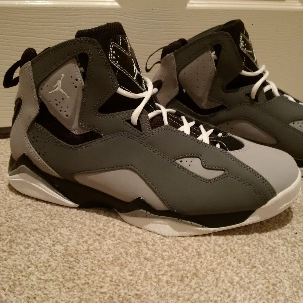 Nike Air Jordan VI Retro - Brand New Size 9.5 ***From USA -