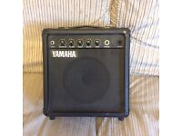 """Yamaha 25W 10"""" guitar amp"""