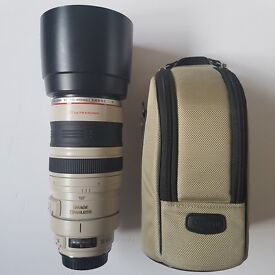 Canon 100 - 400 L IS USM 100mm 400mm Lens Mint in soft case