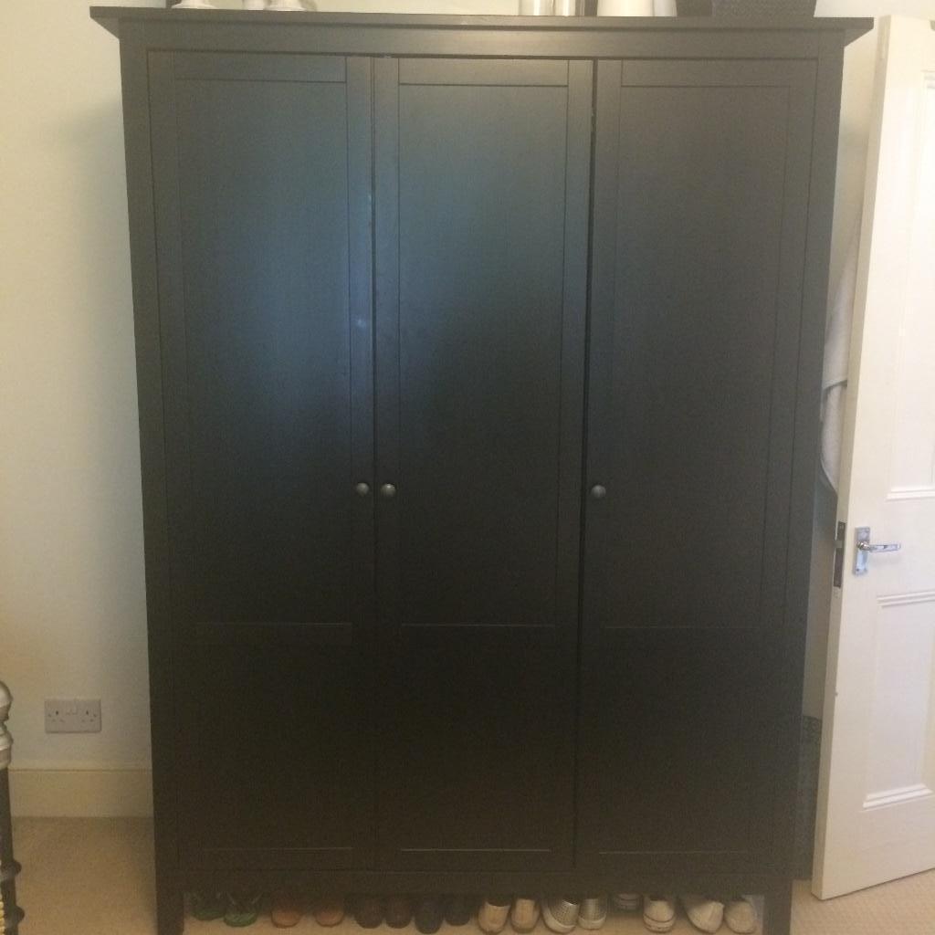 immaculate ikea hemnes 3-door wardrobe black/brown | in finsbury
