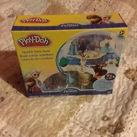 Play-Doh Disney frozen playset BNSIB