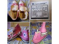 Pink converse size 7 (EUR 40)