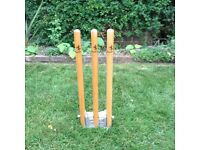 CRICKET STUMPS - Spring loaded