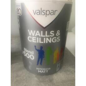 Valspar interior Matt- hint of grey