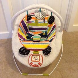 Mamas and Papas Apollo bouncy chair - as new