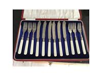 6 fish forks and knives