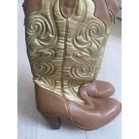 COWBOY BOOTS WOMENS SIZE 7 - MUST GO TODAY!! OFFERS WELCOME!
