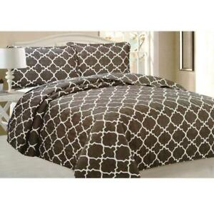 Todd Linens Queen Bedspread 3Pcs Quilt Set Soft Quilted Bedding - Microfiber Coverlet + 2 Pillow Shams (Brown Geometric)