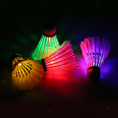 on Shuttlecock Dark Night Glow Birdies 4 Color In a Pack (Night Glow Bälle)