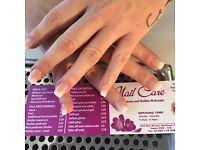 nail technician needed full/part time en9