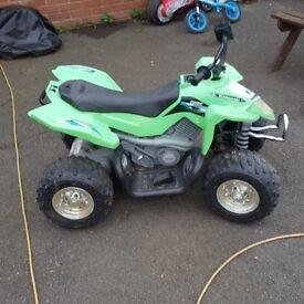 12V Kawasaki ATV Ride On in Green x2
