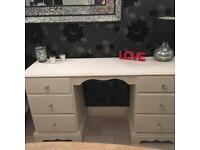 Dressing table/Desk painted in Chalk paint