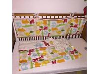 Quilt and bumper cot/cotbed