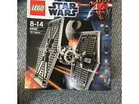 Large Lego tie fighter (no mini figs)