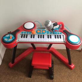 ELC keyboard and stool