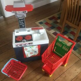 Kitchen set, trolley and till