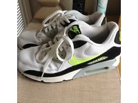 Mens Nike Air Max trainers size 7.5
